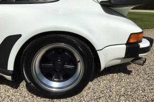 hrb_automotive_1986_Porsche_911_Turbo_05_17_15